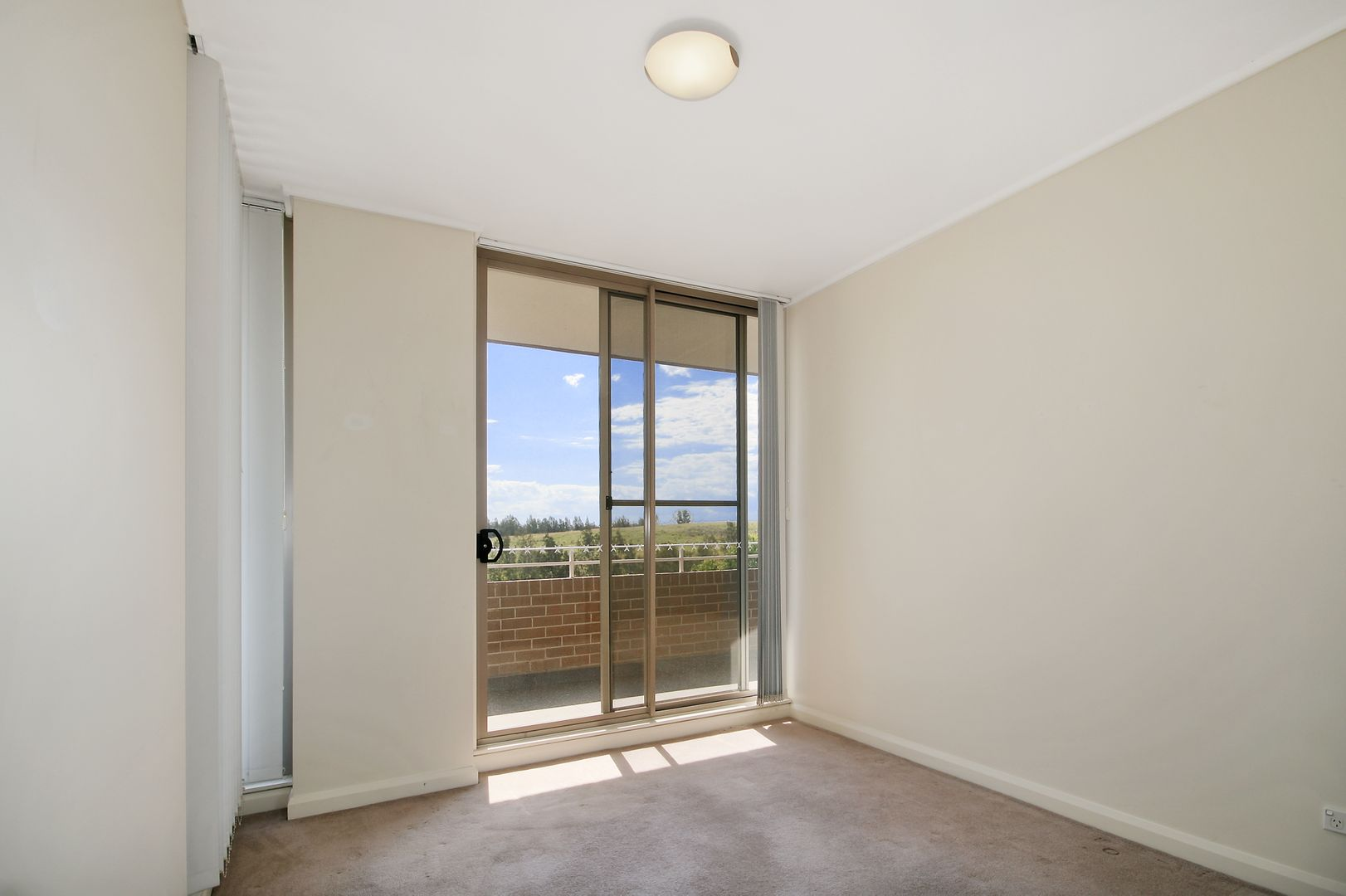 509/19 Hill Road, Wentworth Point NSW 2127, Image 2