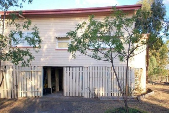 Picture of 1 McKay Street, WARRA QLD 4411