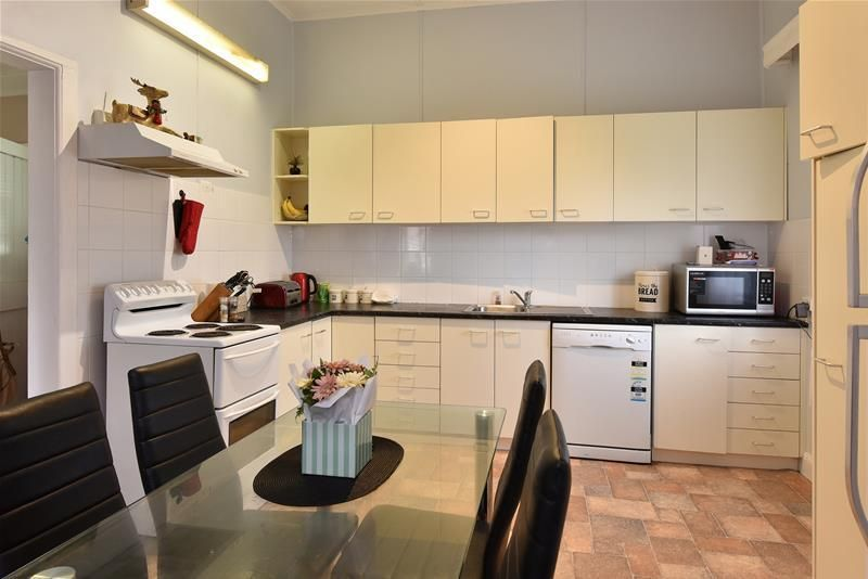 22 Third Street, Weston NSW 2326, Image 2