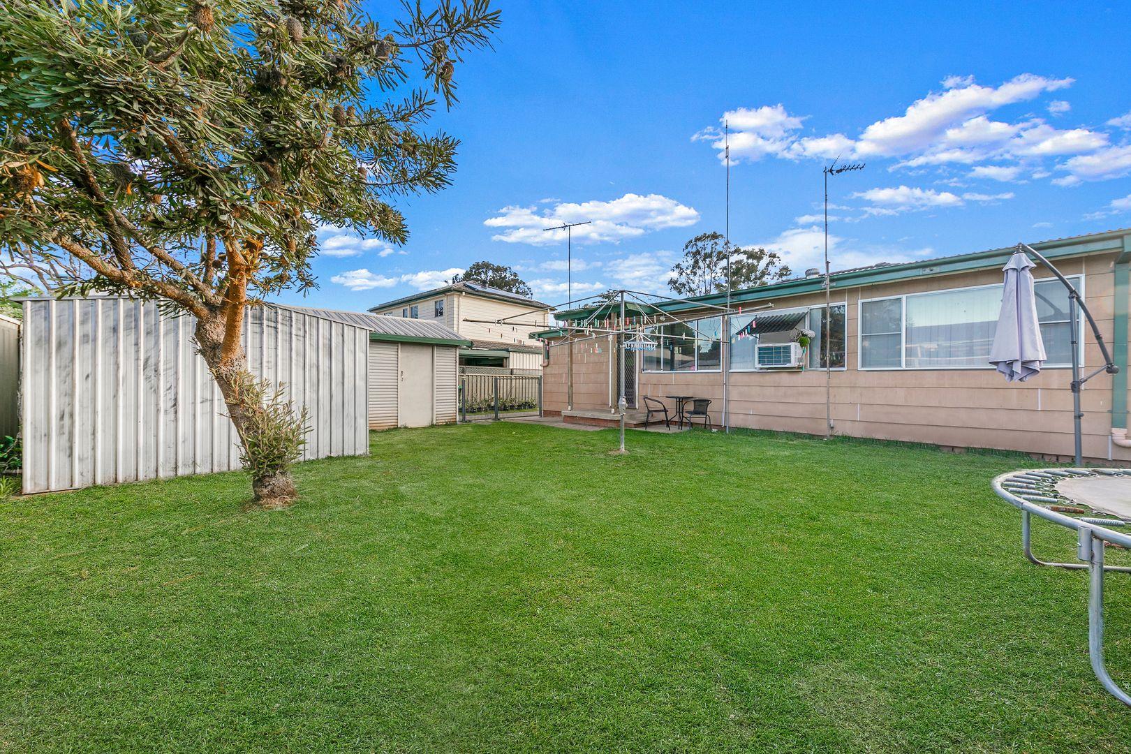 15 Thompson Avenue, Hobartville NSW 2753, Image 2