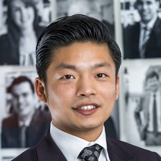 Ian Qiu, Sales Executive