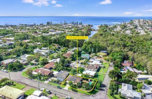 Picture of 3 Ulm Street, Dicky Beach QLD 4551