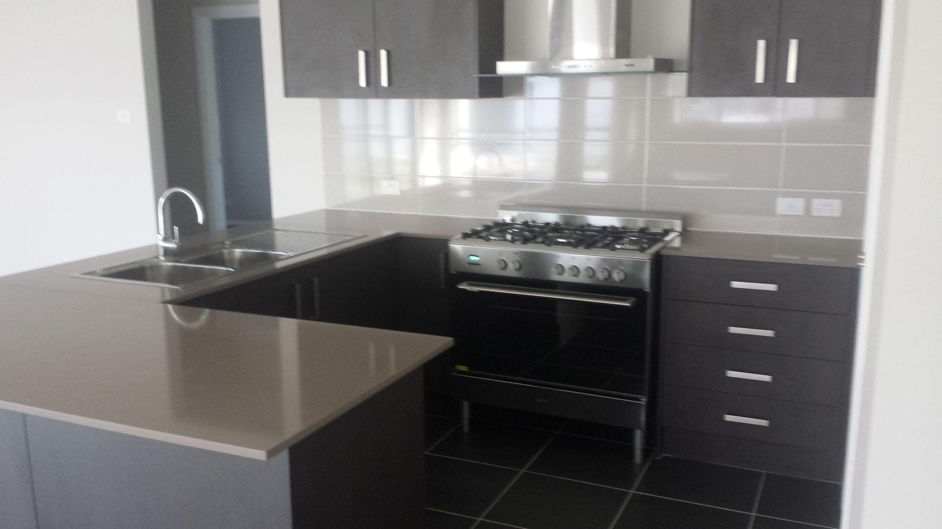 25 Oakhill Crescent, Colebee NSW 2761, Image 1