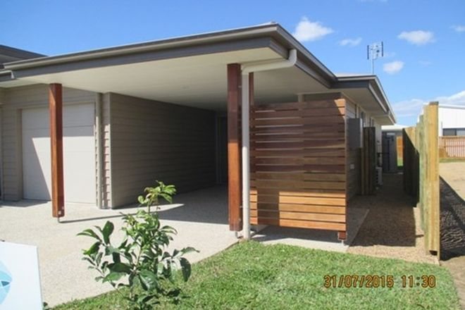 Picture of 1 & 2/5 Intelligence Street, OONOONBA QLD 4811