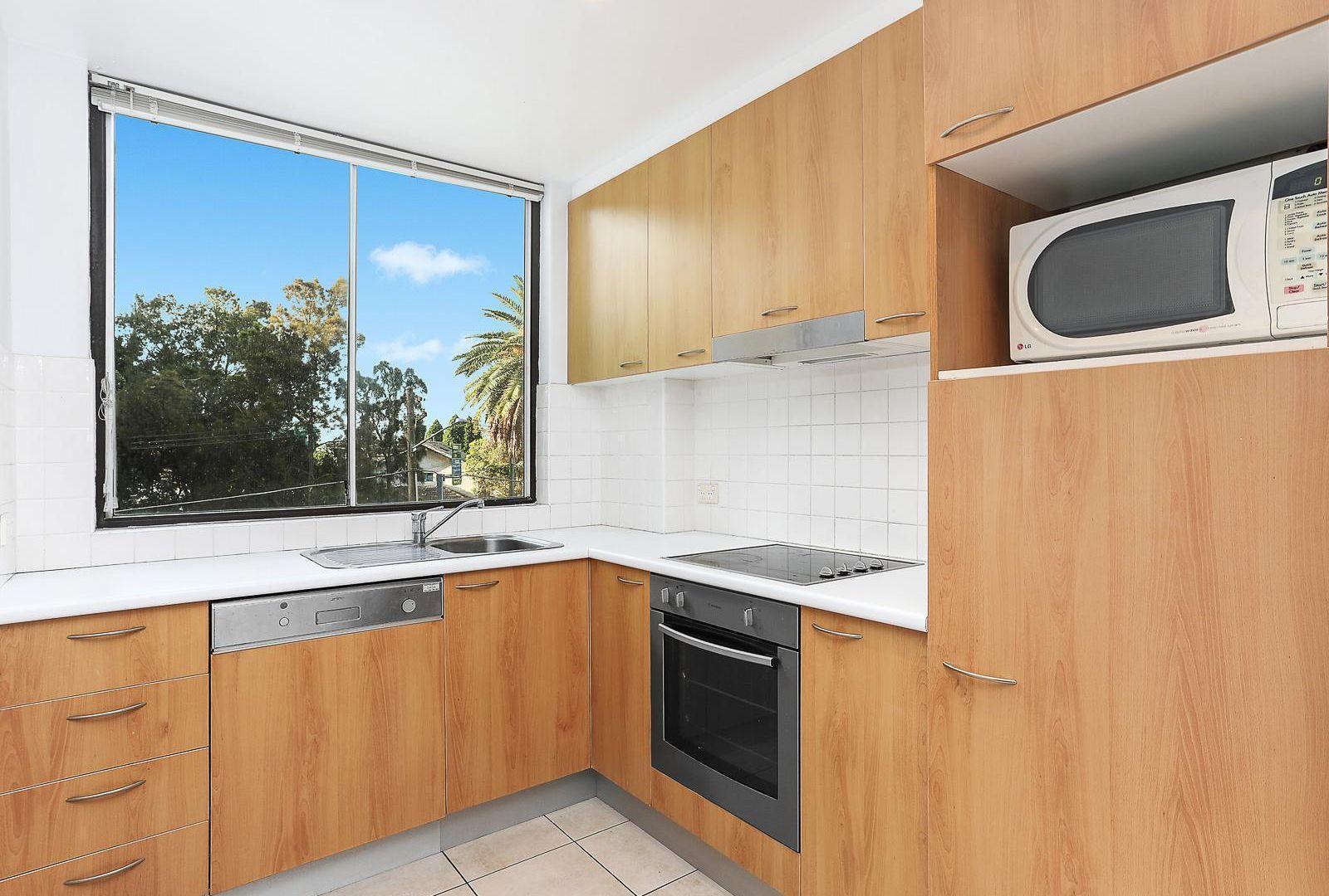 1A/15-19 Waverley Crescent, Bondi Junction NSW 2022, Image 2