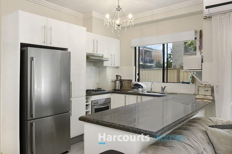 4/81-83 Bangor Street, Guildford NSW 2161, Image 2