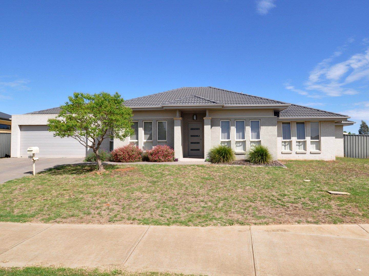 30 Loughan Road, Junee NSW 2663, Image 0