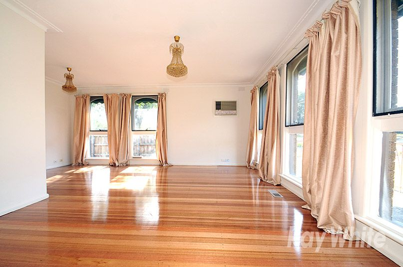 82 Whites Lane, Glen Waverley VIC 3150, Image 0
