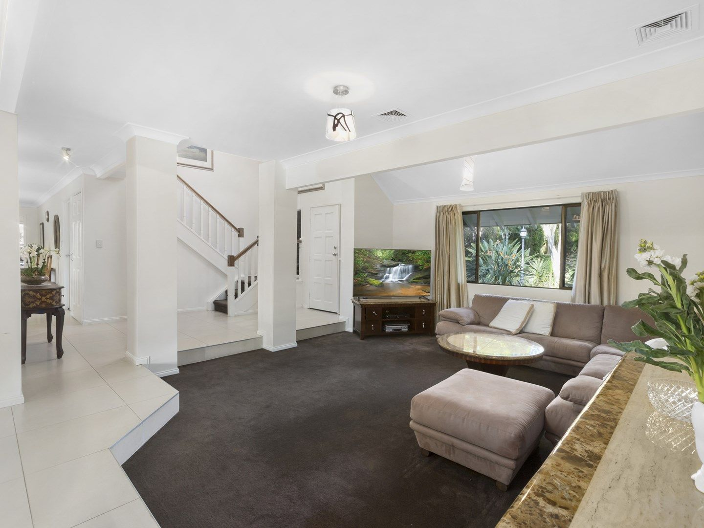 8 Timaru Close, Westlake QLD 4074, Image 1