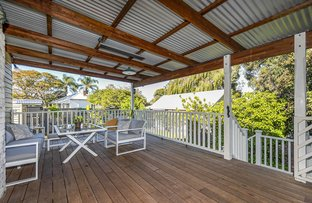 Picture of 135 Whatley Crescent, Bayswater WA 6053