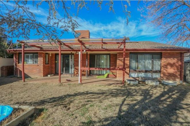Picture of 11 Katandra Place, KELSO NSW 2795
