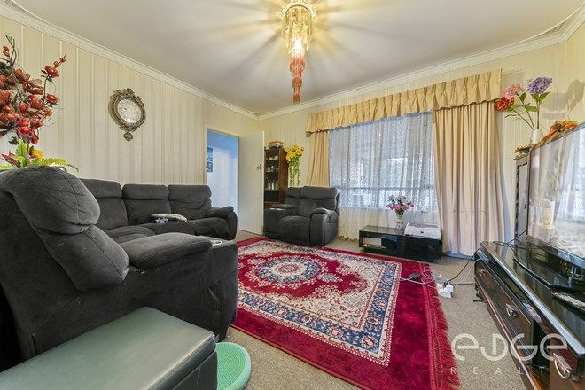 Picture of 8 Ian Avenue, PARA HILLS WEST SA 5096