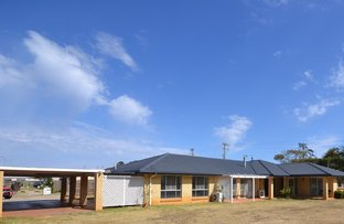 Picture of 10 Tatum Court, Glenvale QLD 4350