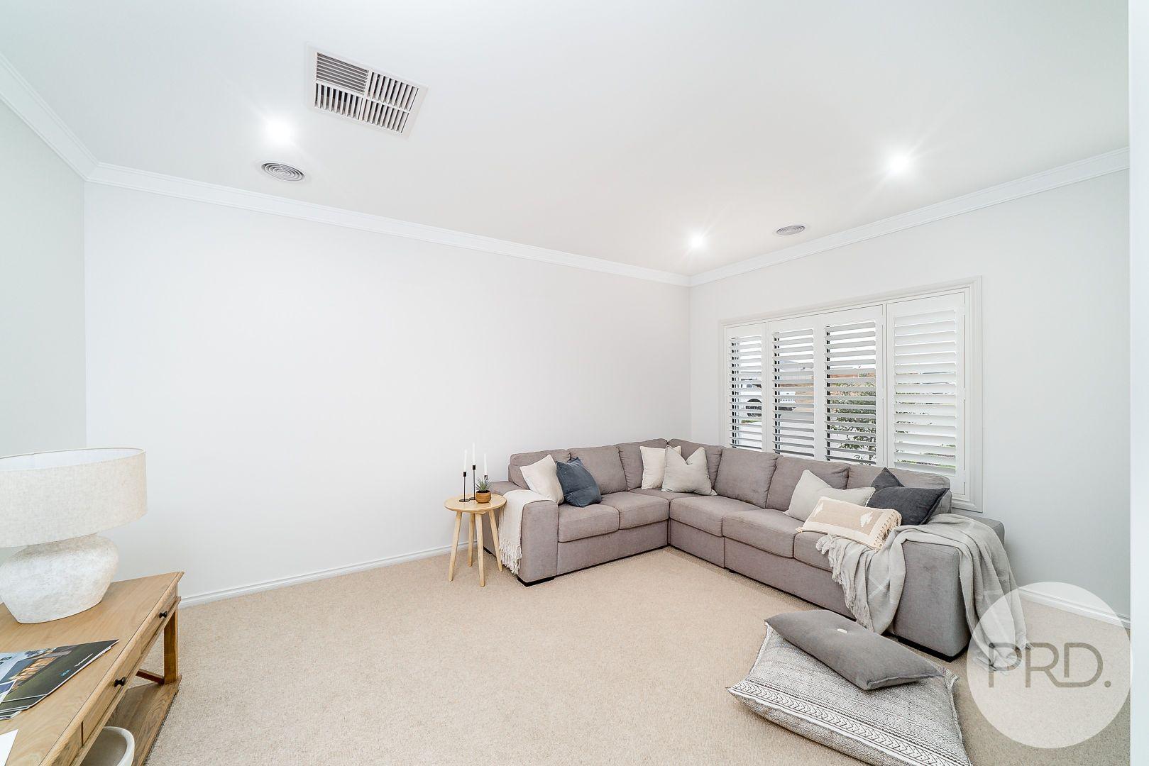 63 Coppabella Drive, Gobbagombalin NSW 2650, Image 2