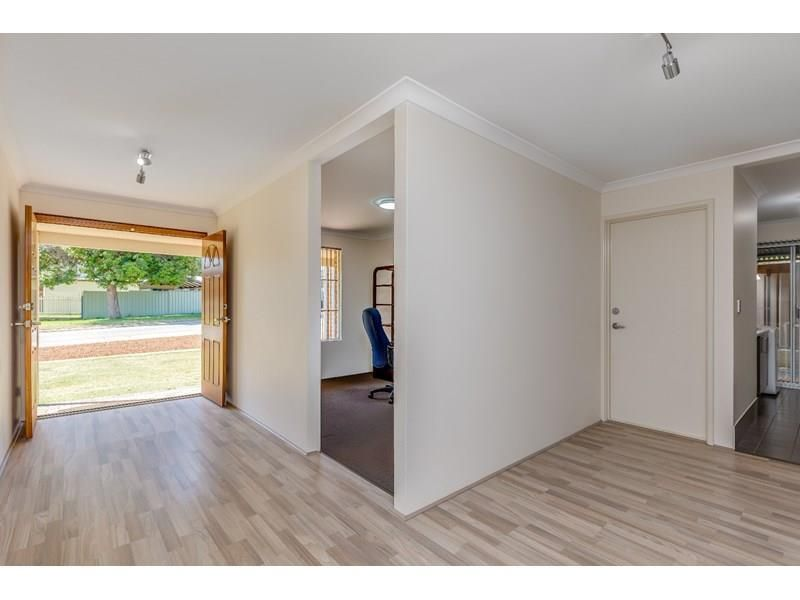 71 Park Road, Byford WA 6122, Image 2