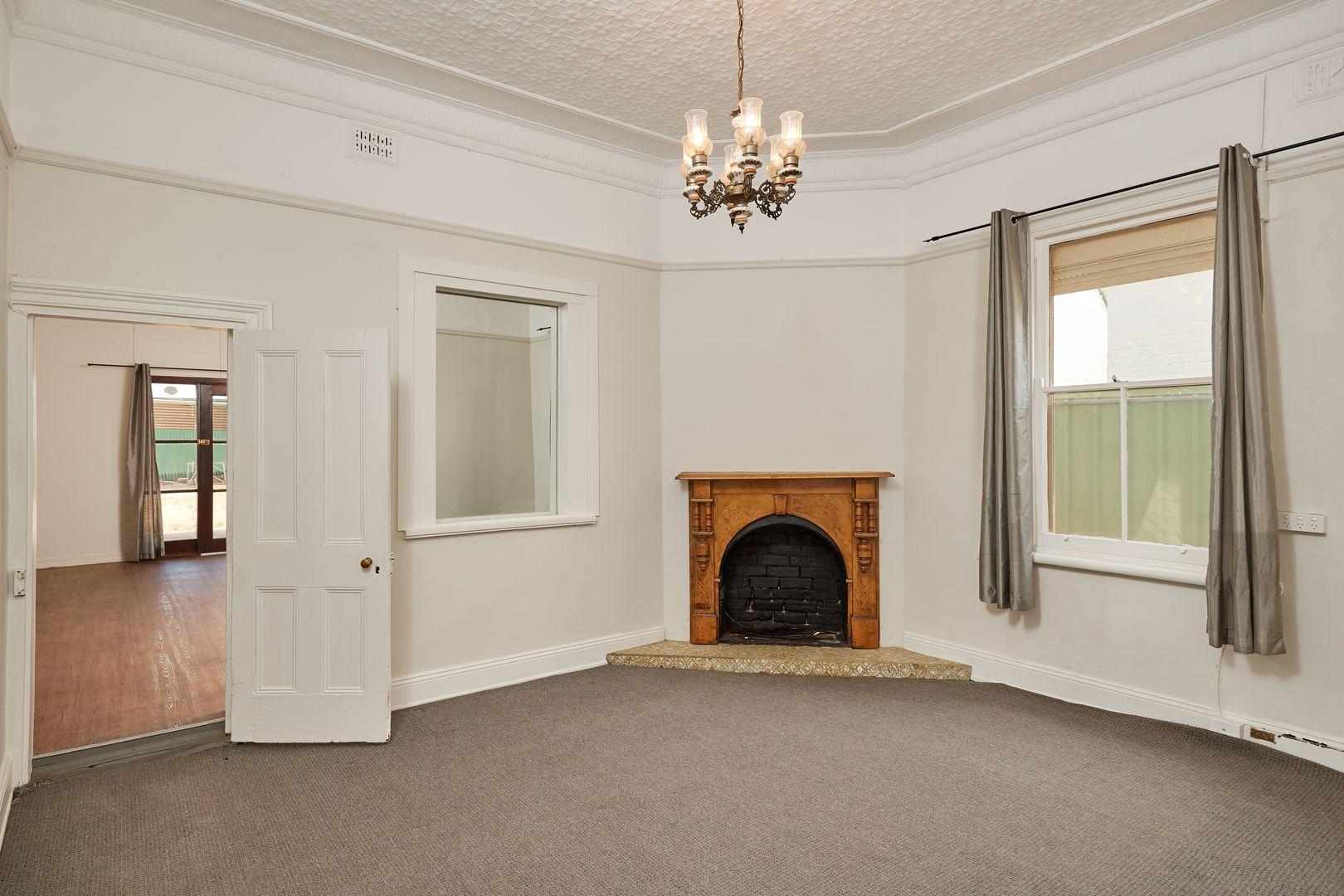 88 Kincaid Street, Wagga Wagga NSW 2650, Image 2