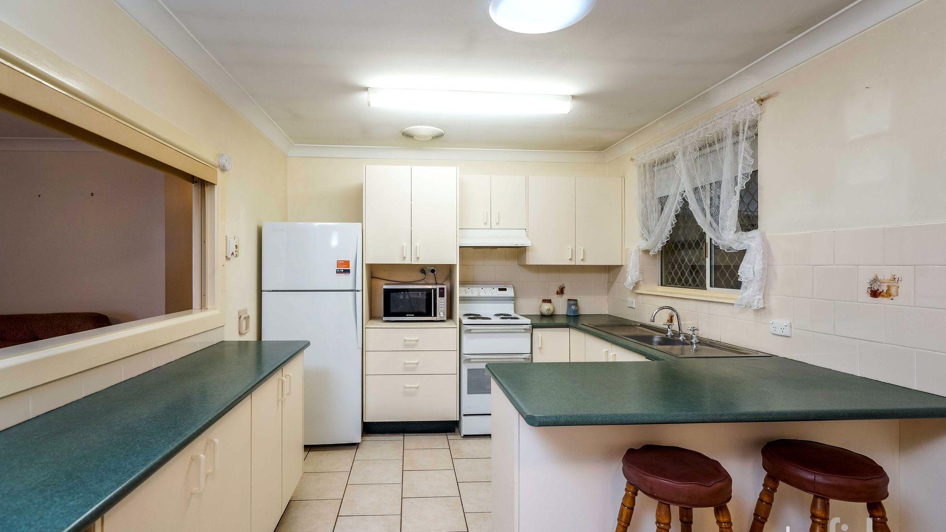 13 Maxime Place, Orange NSW 2800, Image 2