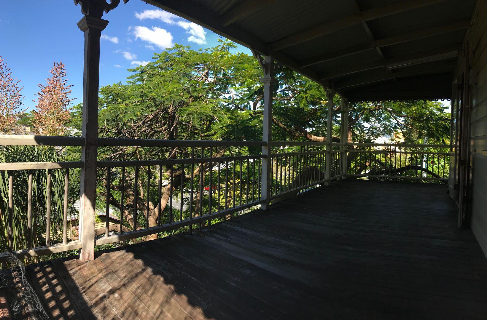19a Latrobe Terrace, Paddington QLD 4064, Image 2