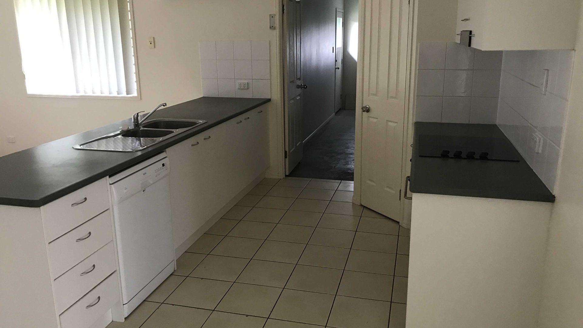4 Dickinson Street, Upper Coomera QLD 4209, Image 2