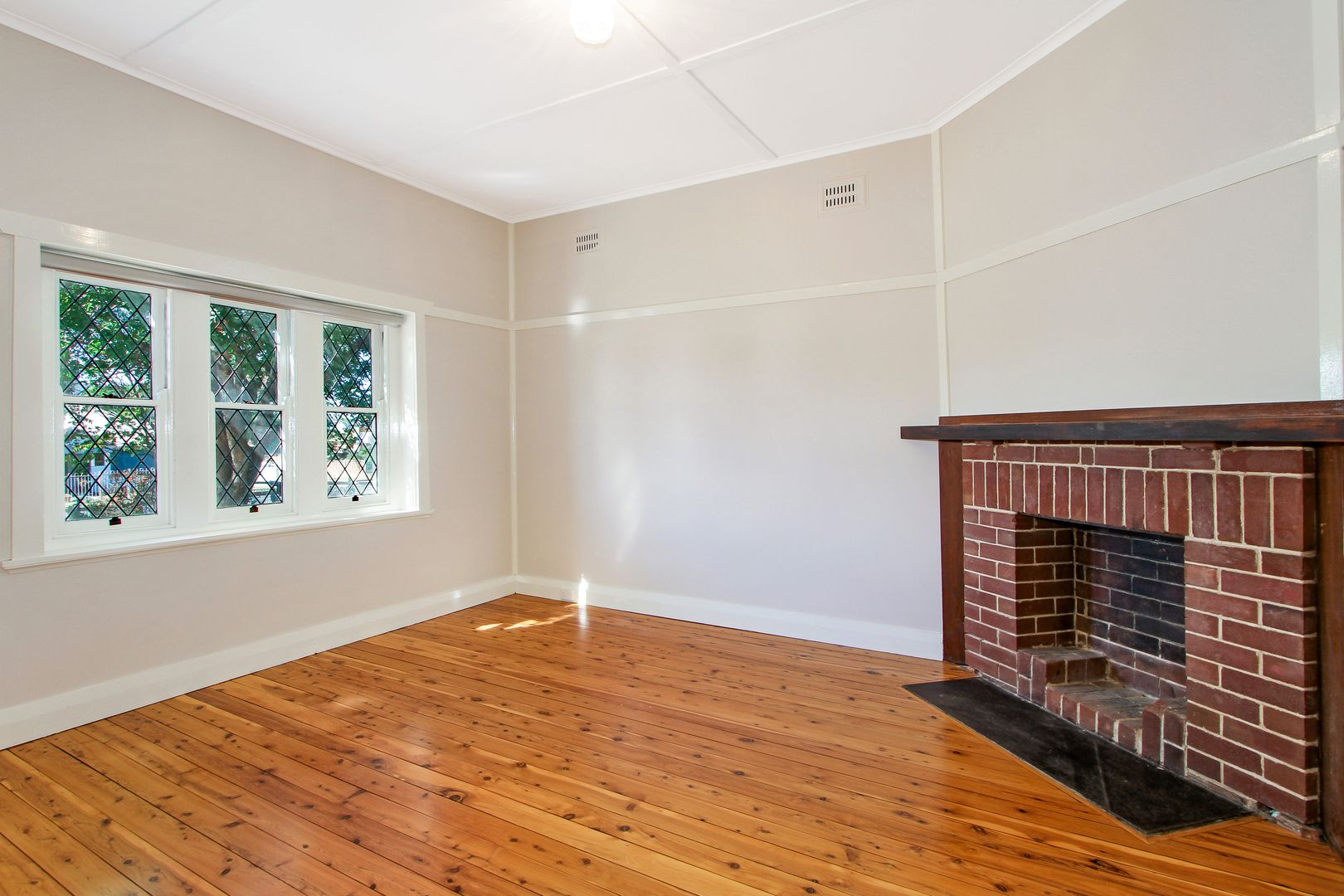 61 King Street, Tamworth NSW 2340, Image 2