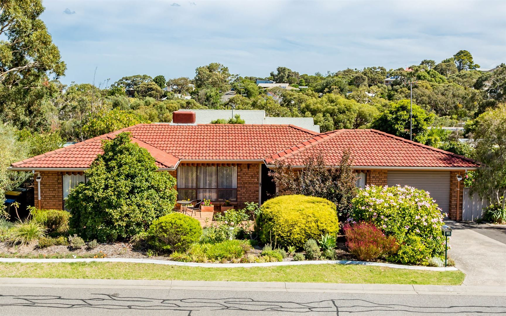 18 Connell Street, Victor Harbor SA 5211, Image 2