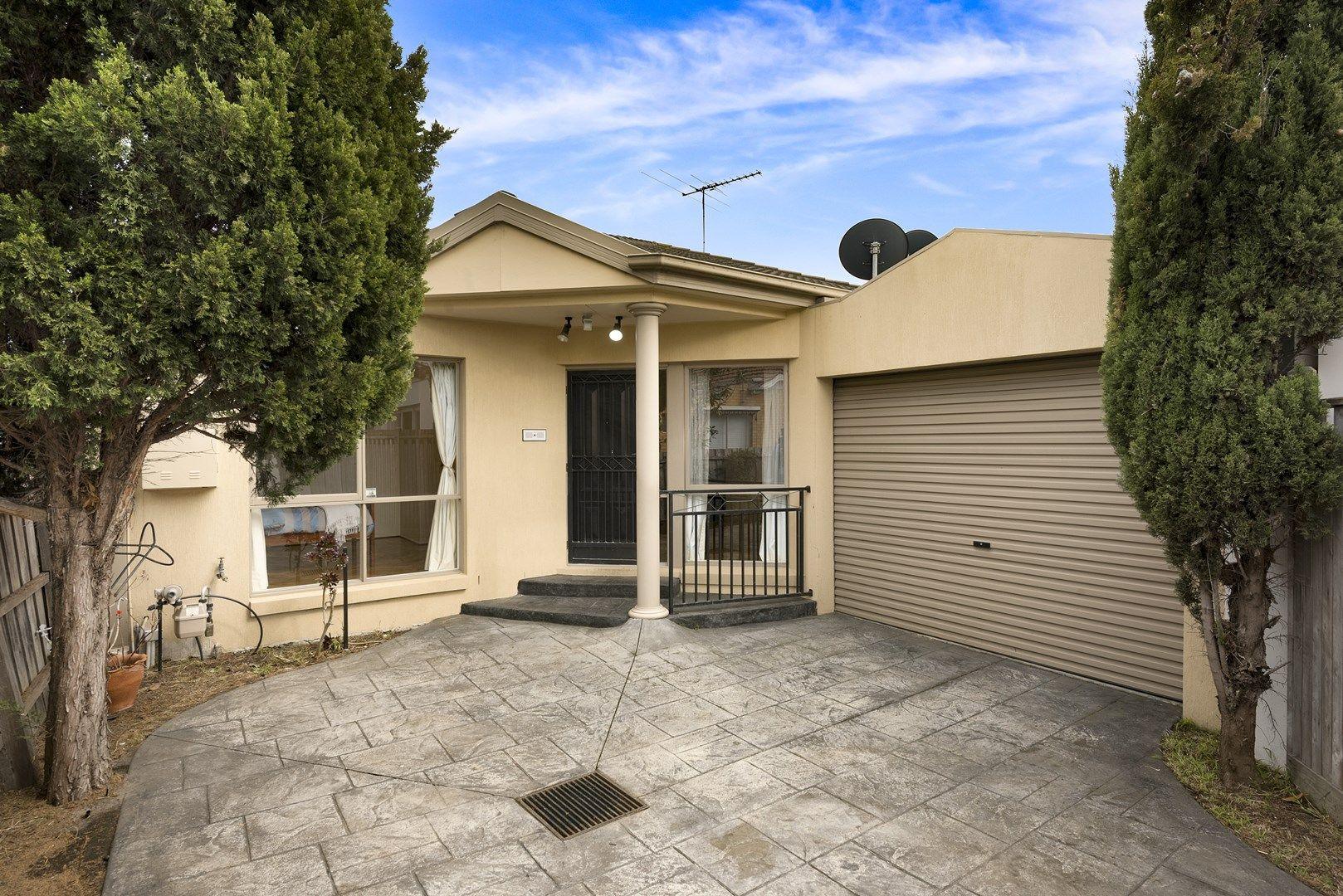 2/167 Kambrook Road, Caulfield VIC 3162, Image 0