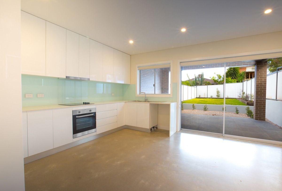 222 Macquarie Road, Greystanes NSW 2145, Image 2