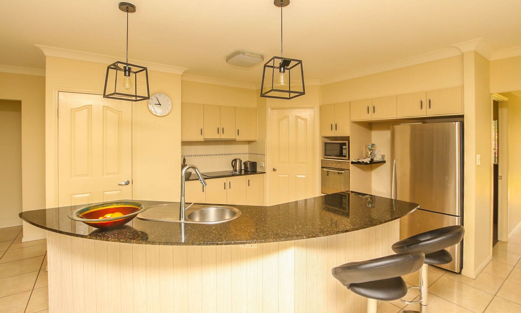 11 Kawana Street, Caravonica QLD 4878, Image 2