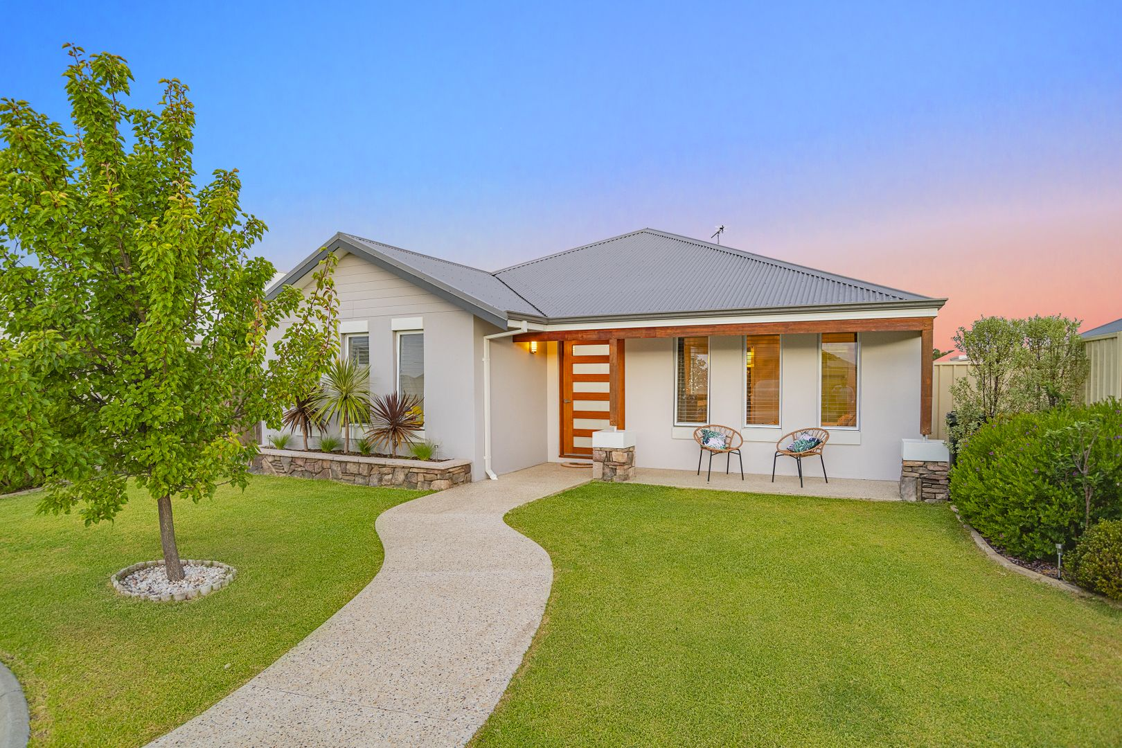 4 Belpaire Entrance, West Busselton WA 6280, Image 1