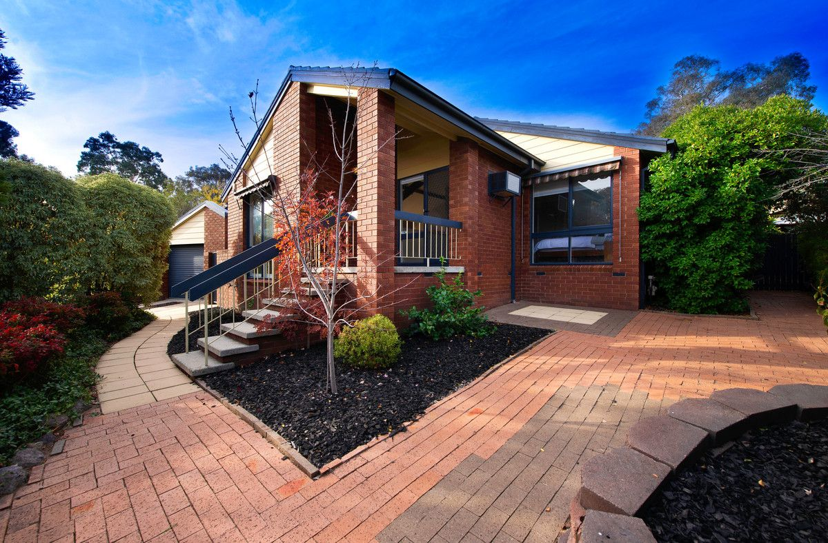 27 Guthridge Crescent, Wanniassa ACT 2903, Image 0