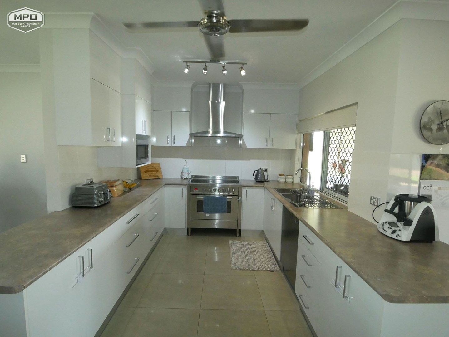 380 Ray Road, Mareeba QLD 4880, Image 2