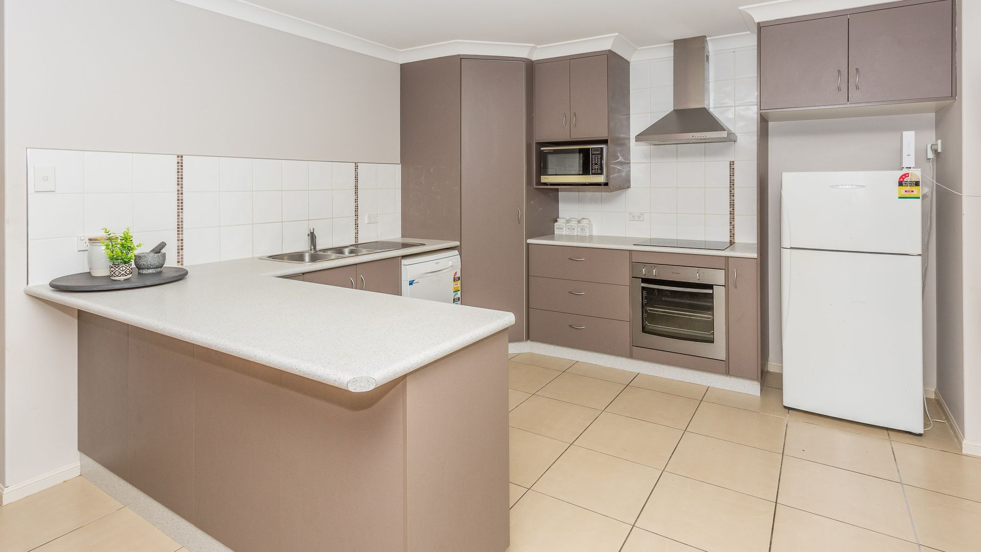 11 Ogmore Court, Walkerston QLD 4751, Image 2