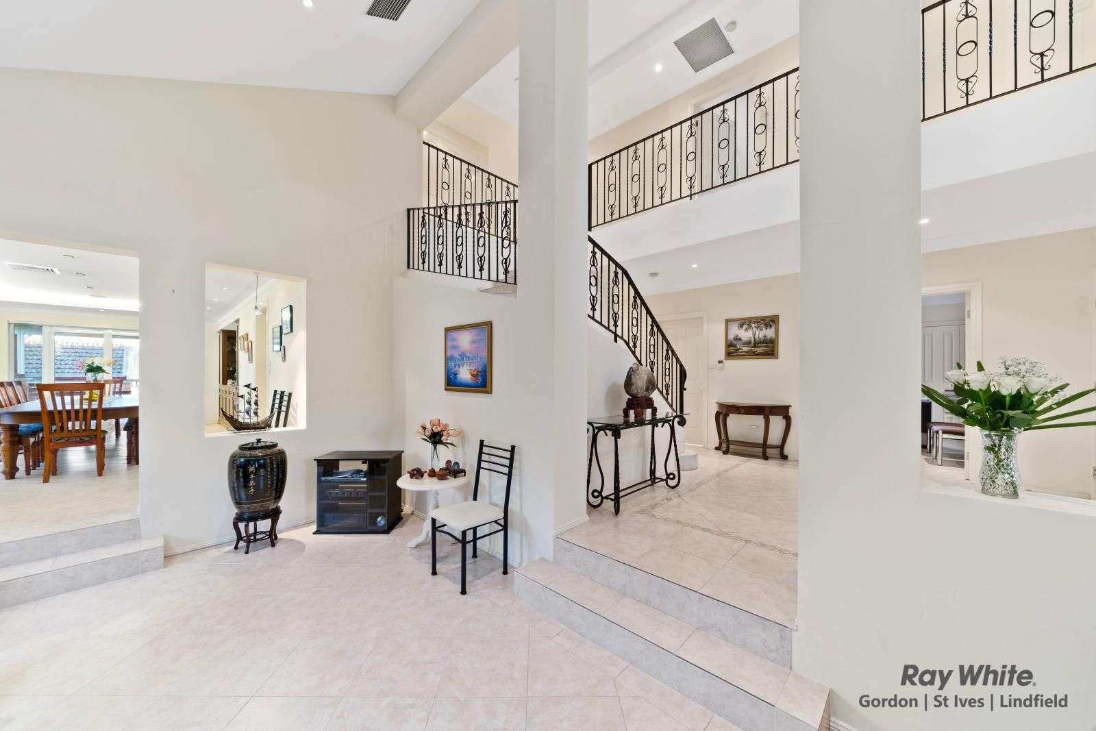 4 Oxford Place, St Ives NSW 2075, Image 2