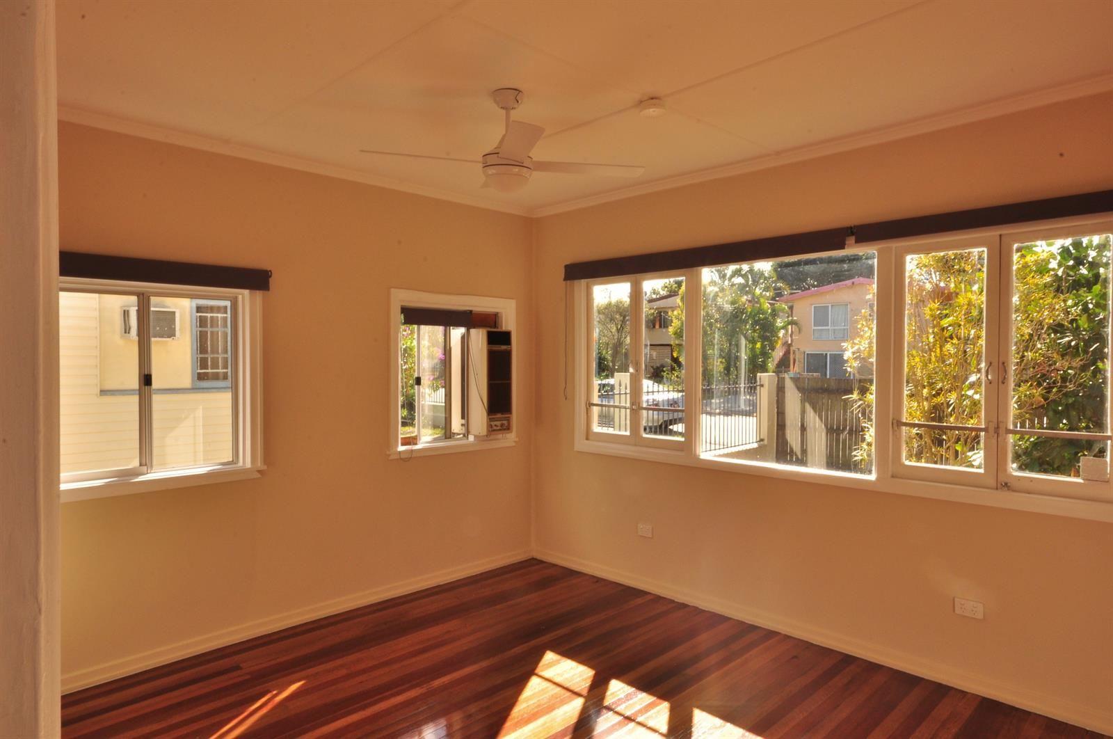 56 Sheehan Street, Kallangur QLD 4503, Image 2