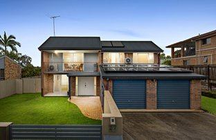 Picture of 27 Firthshire Street, Mansfield QLD 4122