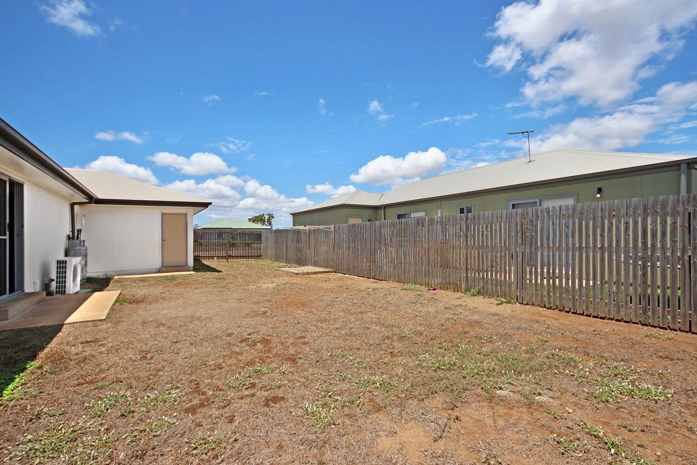 8 Elvina Street, Deeragun QLD 4818, Image 5