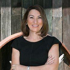 Francesca De Martin, Sales representative