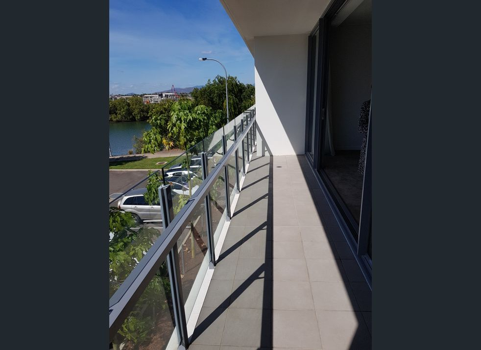 64/4 Alpin, Townsville QLD 4810, Image 2