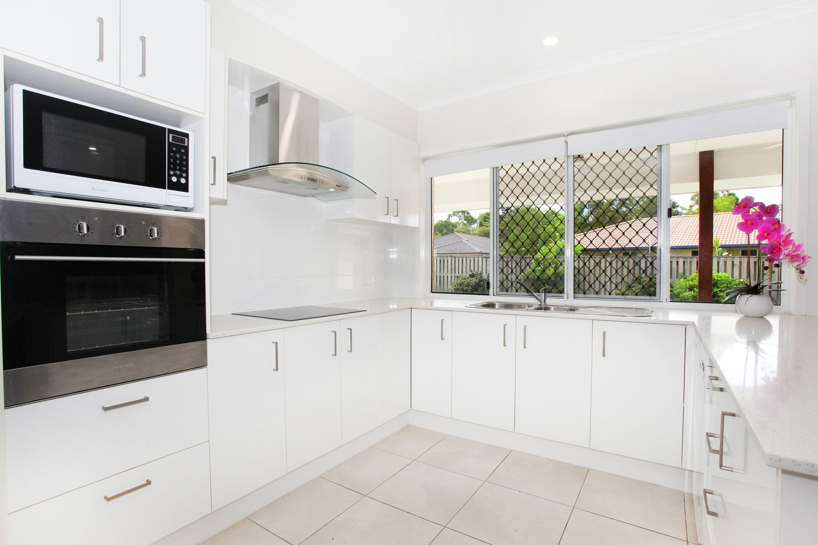 3 Griffin Place, Coes Creek QLD 4560, Image 0