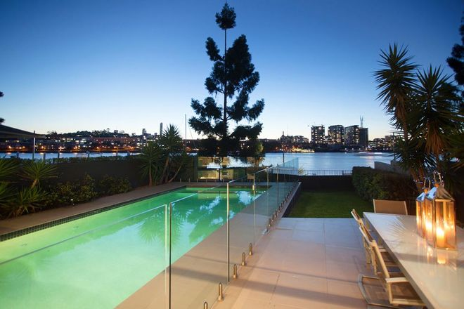 31 Addison Avenue, BULIMBA QLD 4171