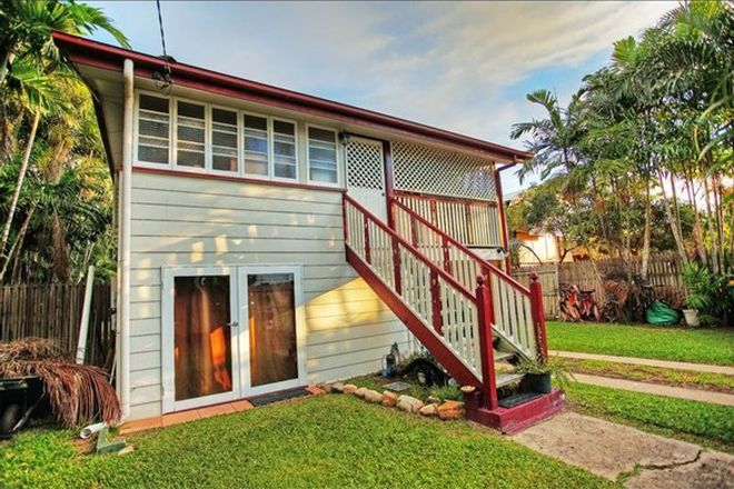 Picture of 60 Seventh Street, RAILWAY ESTATE QLD 4810