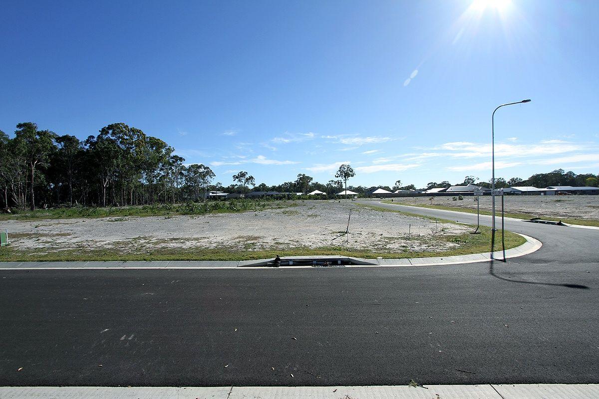 23 Tina Drive, Urangan QLD 4655, Image 2
