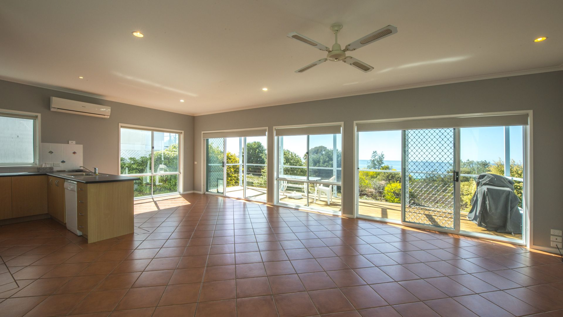 2/180 PACIFIC WAY, Tura Beach NSW 2548, Image 2
