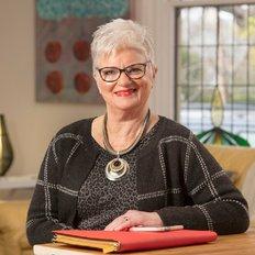 Tina Villis, Sales representative