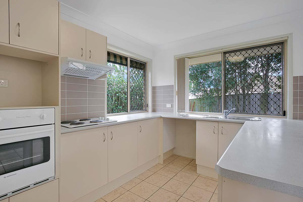 18 Somersby Street, Seventeen Mile Rocks QLD 4073, Image 2