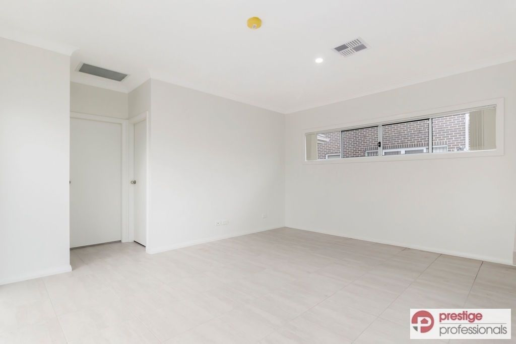 3/262 Newbridge Road, Moorebank NSW 2170, Image 2