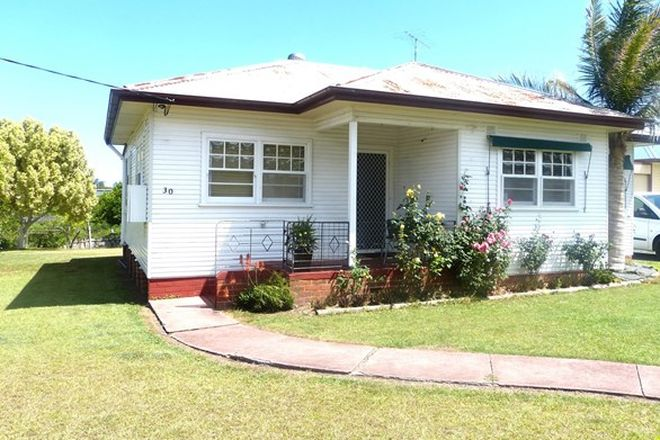 Picture of 30 Chatham Avenue, TAREE NSW 2430