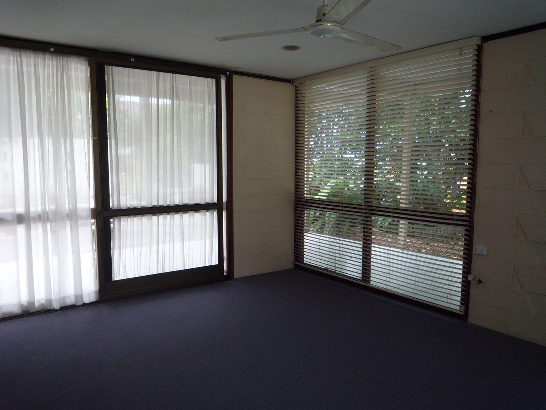 6 Leona Street, Boondall QLD 4034, Image 2