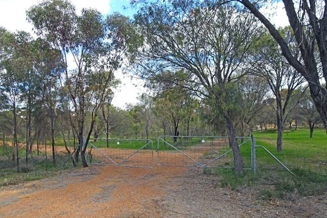 Picture of 220 Bunmulling Road, POPANYINNING WA 6309