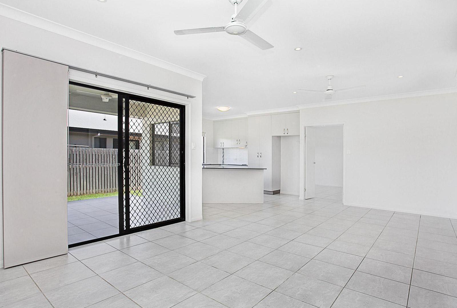 85 Griffey Street, Burdell QLD 4818, Image 2
